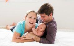 Gimdyme dalyvavęs vyras nustoja domėtis žmona? Atsako tėčiai