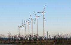 Ekspertas: vėjo ir vandens energija nėra atsinaujinanti