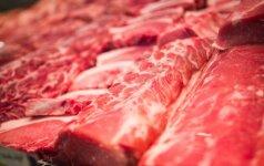 Nelegalus mėsos cechas: produktus laikė tarp padangų, dujų balionių ir drabužių
