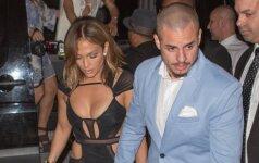 Persistengė: į savo 46-ojo gimtadienio vakarėlį Jennifer Lopez atvyko nei nuoga, nei apsirengusi
