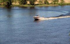 Kur galima plaukioti motorinėmis valtimis?
