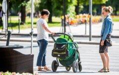 Ruošiasi keisti motinystės pašalpų tvarką