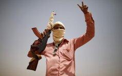 """""""Al Qaeda"""" po šešerių metų paleido įkaitą švedą"""