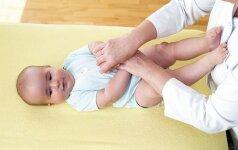 4-6 mėnesių kūdikio mankšta: žingsnis po žingsnio FOTO