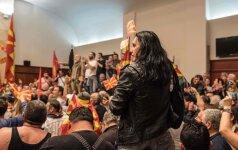 Makedonijoje protestuotojai šturmavo parlamentą