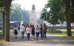 """""""Skriaudžiami"""" ir """"prievartaujami"""" vaikai – Rusijos propagandininkų mėgstamos suklastotos naujienos palietė ir Lietuvą"""