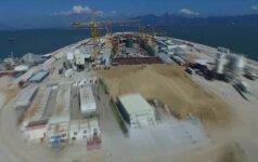 Kinija baigė statyti ilgiausią pasaulyje tiltą jūroje