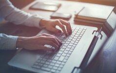Net žinodami mažiau už mokinius, mokytojai turi mokyti naudotis internetu