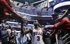 NBA naktis: D. Wade'o debiutas Čikagoje, agresyvios aistros Portlande ir trys įspūdingi milžinų dubliai