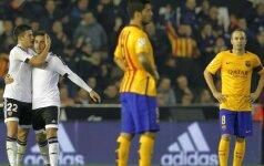 """""""Barcelona"""" įsigijo """"Valencia"""" puolėją, bet atidavė M. El Haddadį"""
