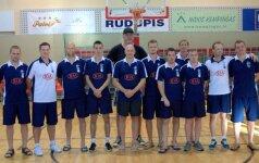 A. Sabonis ir V. Chomičius aplankė tarptautinę krepšinio stovyklą Nidoje