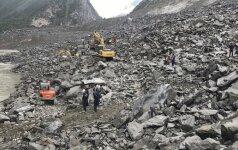 Blėsta viltys išgelbėti 118 po nuošliauža Kinijoje palaidotų žmonių