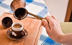 16 skirtingų kavos gėrimo būdų pasaulyje