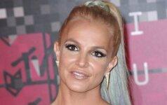 Nusispjovė į gražuolės įvaizdį: tokios Britney Spears dar nesate matę
