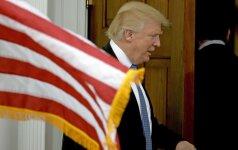 """Kinijos žiniasklaida siunčia griežtą įspėjimą """"naujokui"""" D. Trumpui"""