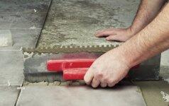 Darau pats: keramikinių plytelių klijavimas ant lygaus paviršiaus