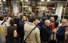 Prancūzijoje dėl elektronikos gedimo apie 7 tūkst. keleivių naktį praleido TGV traukiniuose