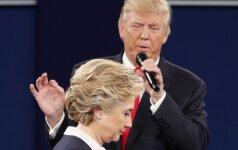 H. Clinton pasakyti žodžiai gali pakišti jai koją po rinkimų