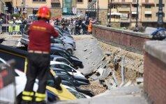 Florencijos centre įgriuvo gatvė prie garsiojo Senojo tilto