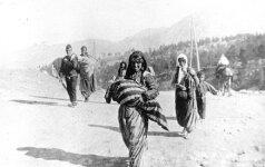 D. Trumpas išreiškė pagarbą per genocidą žuvusiems armėnams