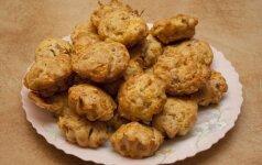 Idealus receptas rudenišką dieną: sūrio pyragėliai su kumpiu