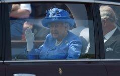 Karalienė Elžbieta II įduota policijai dėl KET pažeidimo