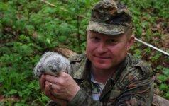 Dėl erelių šeimos pagausėjimo ornitologas kasmet rizikuoja gyvybe