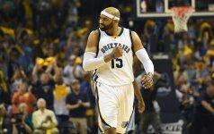 """40-metis V. Carteris bandys vėl tapti NBA """"Oro karaliumi""""?"""