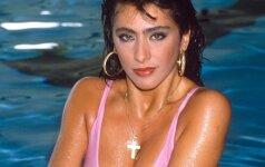 Šlovingi devyniasdešimtieji (III): seksualioji italų diva Sabrina dabar ir prieš trisdešimt metų