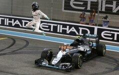 Nico Rosbergas ir Mercedes bolidas