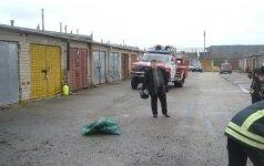 Sulaukus skambučio dėl radinio prie garažų – žaibiška ugniagesių ir aplinkosaugininkų reakcija