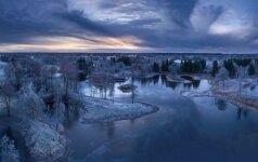 Grožis kaip iš paveikslėlio: žiema – nuo valtį primenančio bokšto