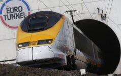 """Traukinyje """"Eurostar"""" kilo chaosas dėl """"visiškai girtų"""" britų"""