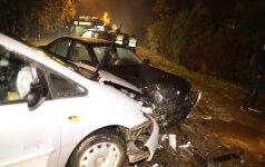 Vilniuje prieš eismą išvažiavęs girtas vairuotojas sukėlė avariją