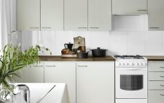 PRIEŠ ir PO: nauja perdažyta virtuvė – per 3 dienas