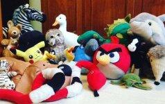 Internautai nesėkmingai bando atspėti: koks gyvūnas slepiasi tarp žaislų?