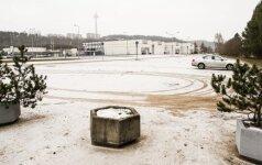 """""""Litexpo"""" planuoja išasfaltuoti automobilių aikšteles"""