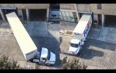 Nufilmavo sunkvežimių vairuotojus virtuozus: verta pasimokyti