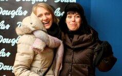 48 metų Nomeda Marčėnaitė pasipuošė trumpučiais šortukais
