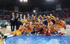 """""""Barcą"""" parbloškusi """"Gran Canaria"""" pirmą kartą laimėjo Ispanijos Supertaurę"""