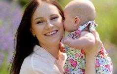 Simona atvirai – apie retą dukters vardą, žindymą ir moterišką pilnatvę