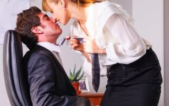 Moteris prašo pagalbos: įsimylėjau vedusį kolegą, ką daryti?