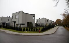 Raginimas griauti draustinyje išdygusius namus negąsdina: planuojamos naujos statybos