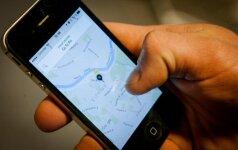 """Ūkio ministras nepalaiko papildomų reikalavimų """"Uber"""" vairuotojams"""