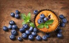 Patiekalai iš mėlynių: pyragas ir lauktuvės žiemai