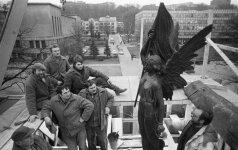 Romualdas Požerskis. Laisvės paminklo atstatymas (1989)