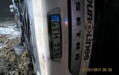 Klaipėdos r. apsivertė autobusas – vienas žmogus žuvo, šeši sužeisti