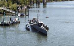 JAV kariškiai pristatė laivą droną