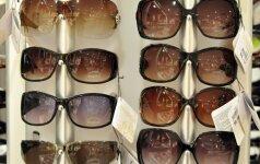 Vasarai artėjant: kaip išsirinkti jums tobulai tinkančius akinius nuo saulės