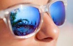 Įdomybės iš viso pasaulio: kodėl saulės akinius pirmieji nešioti pradėjo teisėjai?